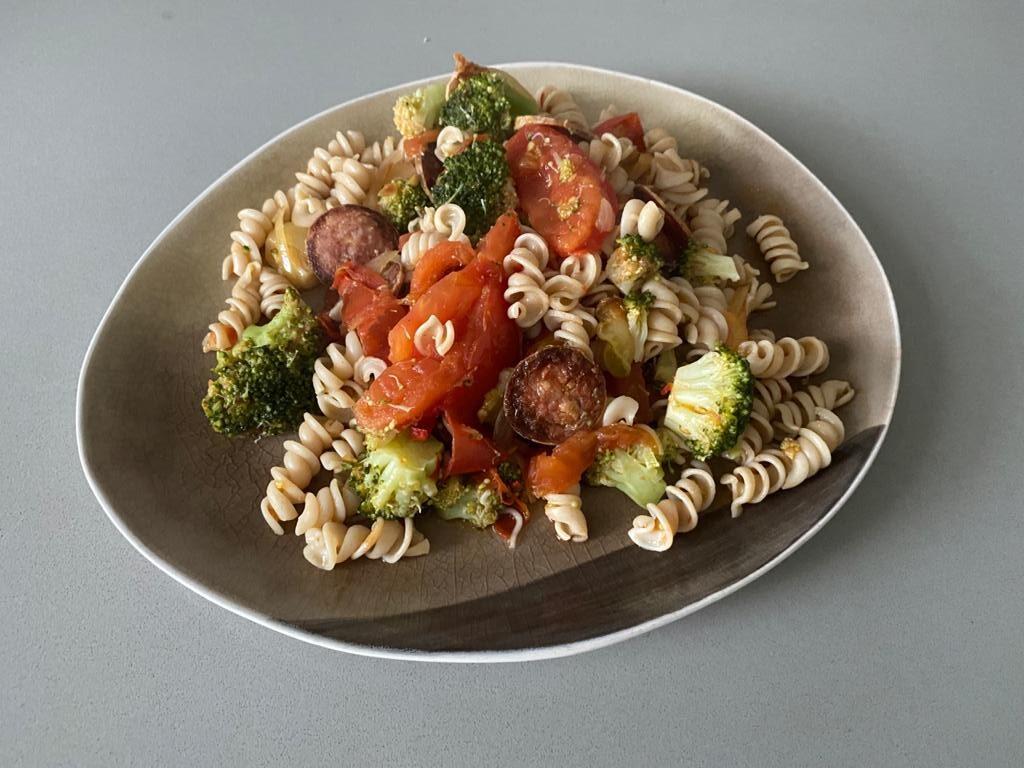 naoberkrat recept week 40 pasta met broccoli en geitenworst