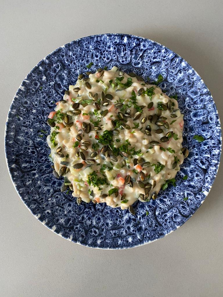 Naoberkrat recept week 37 Macaroni met courgette, paprika en pittige kaassaus